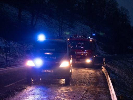 Schneefall und rutschige Straßen haben zu mehreren Unfällen geführt. Gleich zwei Unfälle ereigneten sich im Kreis Rottweil, der schlimmste auf der L 415 zwischen Boll und Oberndorf. Foto: Robin Heidepriem