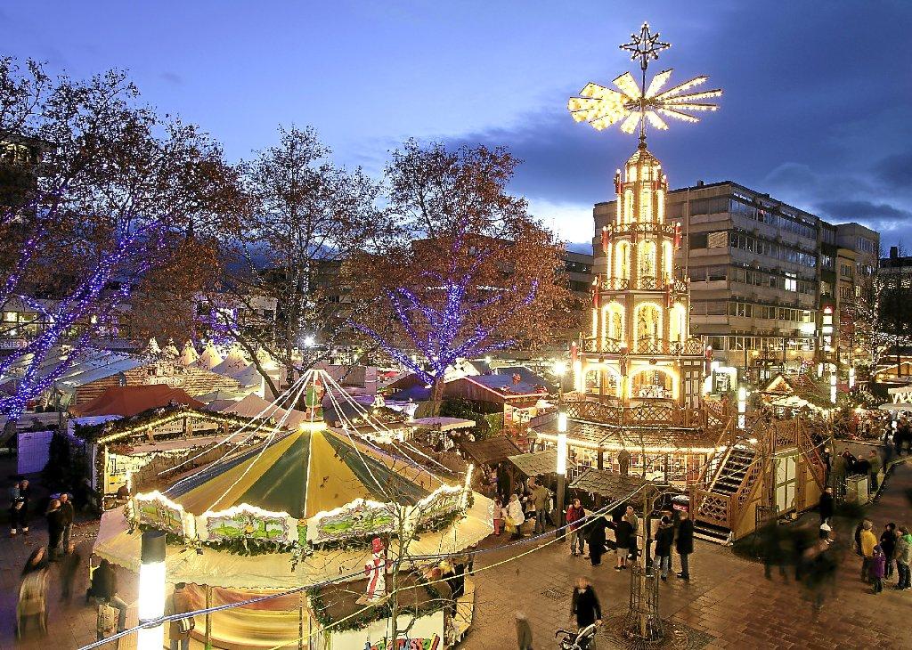 Pforzheimer Weihnachtsmarkt.Pforzheim Weihnachtsmarkt Lässt City Hell Erstrahlen Nachrichten