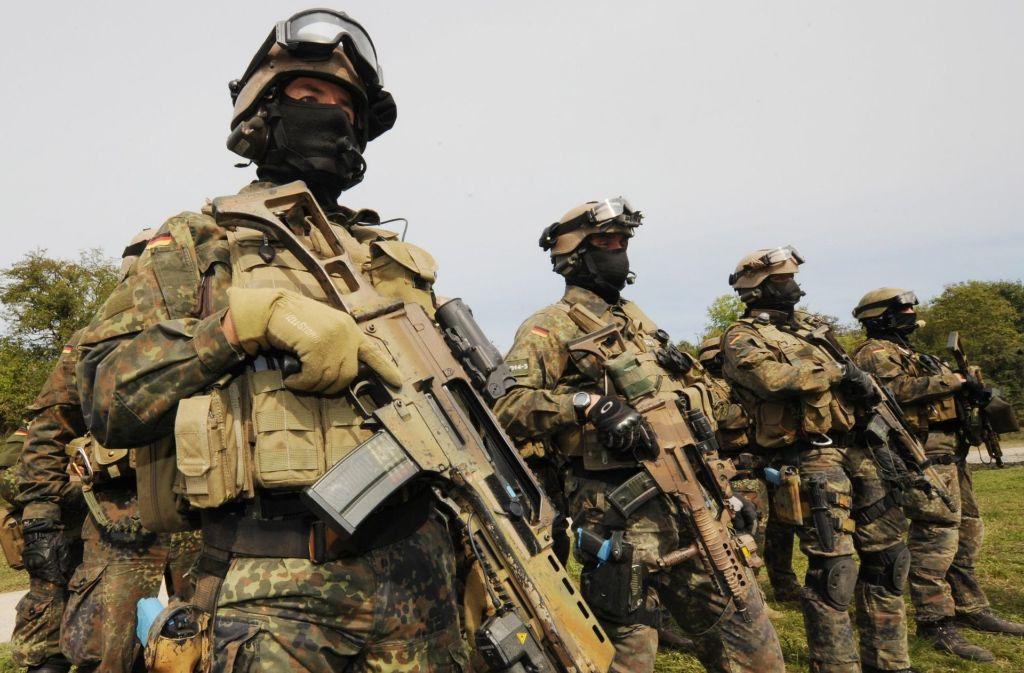 Calw: KSK: Bundeswehr suspendiert Oberstleutnant - Calw - Schwarzwälder Bote