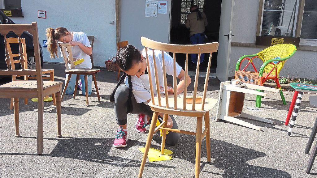 Bemalte Stühle alpirsbach bemalte stühle bald auch im stadtbild alpirsbach