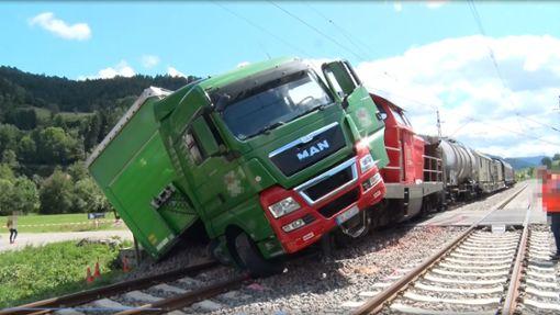 Die Strecke zwischen Gutach und Hausach wurde nach dem Unfall gesperrt. Foto: Kamera 24
