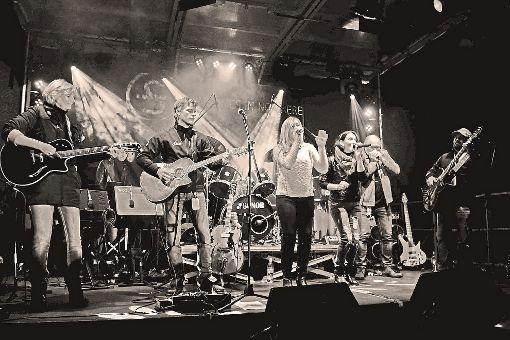Die  Band Sometimes in Nowhere überzeugt durch selbst geschriebene Stücke und viel Live-Energie.  Foto: Band Foto: Schwarzwälder-Bote