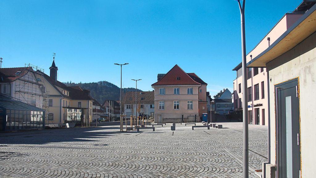 Burladingen: Bürgermeister lädt zum Sektempfang auf Marktplatz - Burladingen - Schwarzwälder Bote