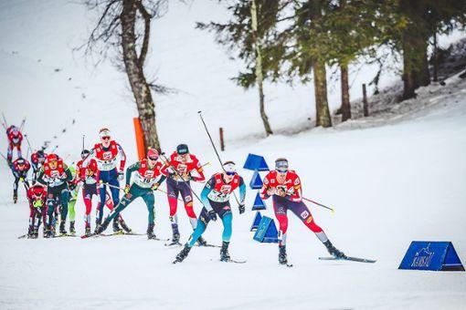 Ebenfalls in Val di Fiemme starten wird der Nordische Kombinierer Manuel Faißt (Vierter von rechts). Foto: Eibner