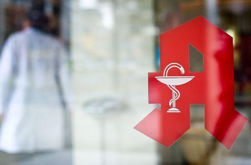 Die Apotheke beim Gesundheitszentrum am Fürstengarten soll in ein Gebäude ziehen. Auch ein Arzt aus der Oberstadt will dorthin wechseln. (Symbolfoto) Foto: dpa