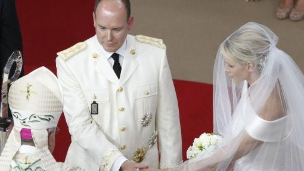Hochzeit In Monaco Furst Albert Und Charlene Sind Verheiratet Panorama Schwarzwalder Bote