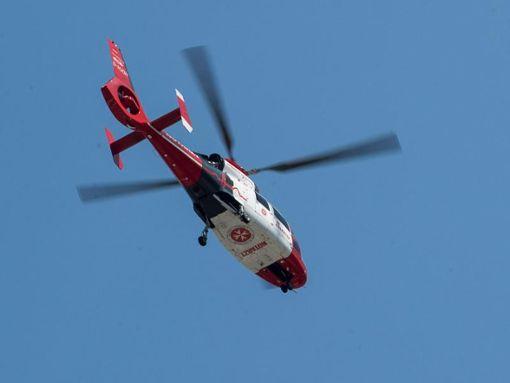 Die 49-jährige Beifahrerin verletzte sich bei dem Unfall schwer. (Symbolfoto)  Foto: dpa