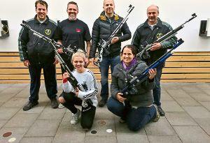Nach dem Gewinn der Meisterschaft in der Bezirksliga A freuen sich die Luftgewehrschützen der SGi Ebershardt   schon auf ihre Aufgaben in der Bezirksoberliga.  Foto: Kraushaar Foto: Schwarzwälder-Bote