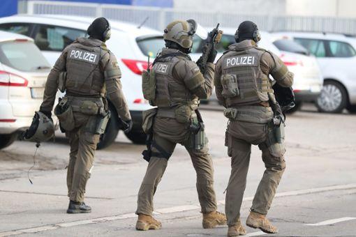 Festgenommen wurde der Mann den Angaben zufolge am Mittwoch nach Durchsuchungen in Freiburg und im Raum Villingen-Schwenningen. (Symbolfoto) Foto: Marc Eich