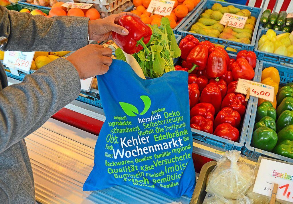 9e479a6e1ada5 Kehl  Mit Stofftaschen auf dem Markt einkaufen - Kehl ...