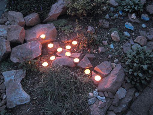 In der Stadtkirche sollen die Menschen bei Musik, Kerzen und Texten zur Ruhe kommen.   Foto: Kirchengemeinde Foto: Schwarzwälder Bote
