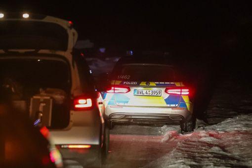 Ein 23 Jahre alter Mann ist in der Nacht auf Samstag auf einem Waldparkplatz bei strongVillingen-Schwenningen/strong erschossen worden. Wenig später wurde ein 22-jähriger Tatverdächtiger festgenommen. a href=https://www.schwarzwaelder-bote.de/inhalt.freudenstadt-doch-kein-weisstannen-turm-auf-alexanderschanze.14a6e8dc-bdb8-4e69-ba27-99be89e53096.htmltarget=_blankstrongZum Artikel/strong/abr Foto: Marc Eich