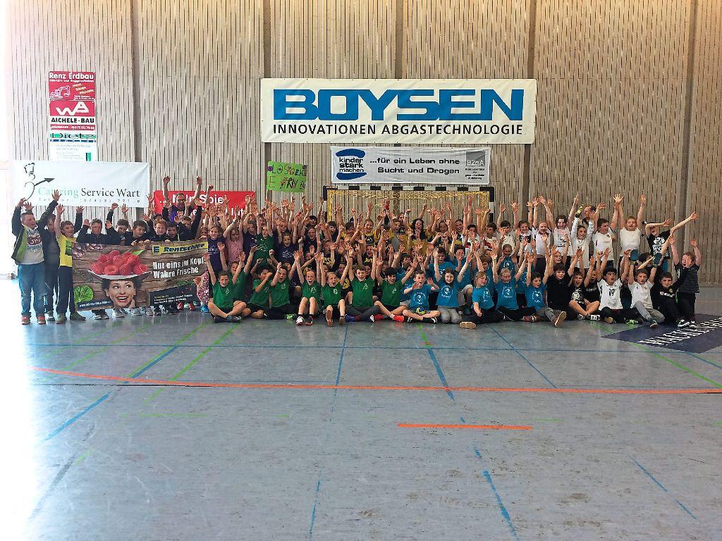 Zehn Teams von sieben Schulen nahmen am zehnten Altensteiger Grundschul-Handballturnier teil. Foto: TSV Altensteig Foto: Schwarzwälder-Bote