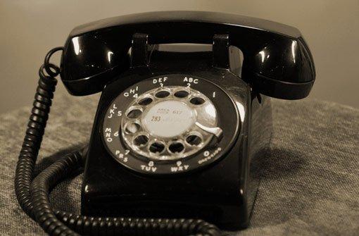 Betrug per Telefon: Einer Trickdiebin ist am Donnerstag eine 76-Jährige aus Stuttgart-West aufgesessen. Foto: Shutterstock