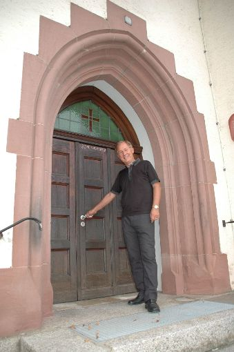 Hans-Michael Uhl will die Tür für den Dialog der Konfessionen und Religionen öffnen.   Foto: Kluckert
