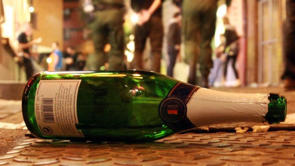 Baiersbronn: Betrunkene Frau dreht durch - Baiersbronn - Schwarzwälder Bote