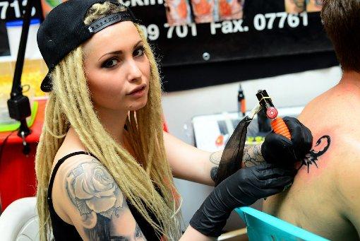 Bei der Tattooshow Stuttgart im Kulturhaus Arena kamen alle Tattoo- und Piercing-Fans voll auf ihre Kosten. Foto: www.7aktuell.de |