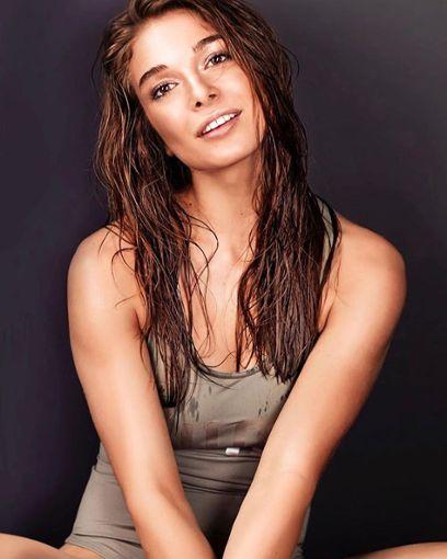 Lola Weippert ist Model und ein  erfolgreicher Social-Media-Star.  Foto: Andra Photography Foto: Schwarzwälder Bote