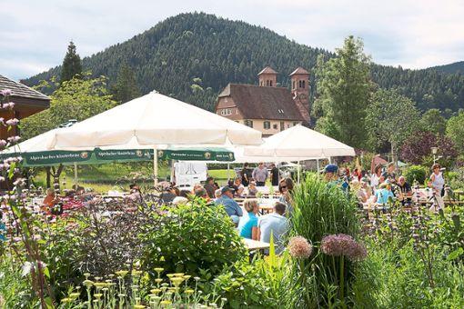 Wildkräutergenuss on Tour  heißt es wieder  am Samstag, 15. Juni.   Foto: Baiersbronn Touristik Foto: Schwarzwälder Bote