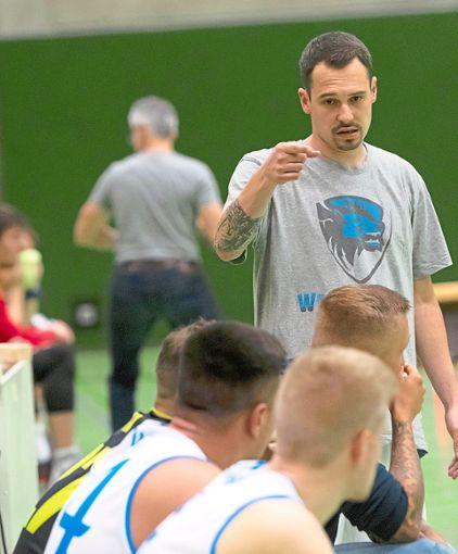 Groß ist die Enttäuschung bei Trainer Gero Neher nach dem Abstieg des TSV Rottweil.  Foto: Archiv