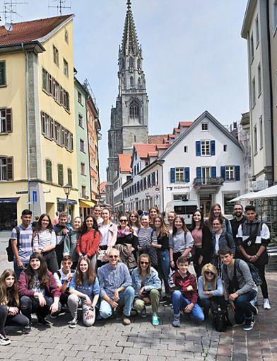 In Konstanz wurde die deutsch-spanische Freundschaft mit einem Stadtbummel vertieft.   Foto: Schenk Foto: Schwarzwälder Bote