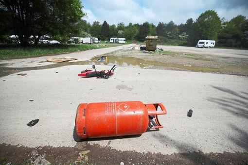 Das Gelände am Vorderen Stallberg ist mit Müll übersät.   Foto: Eich