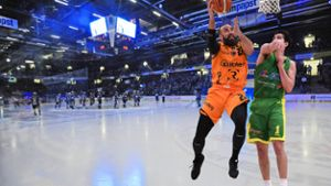 Basketball: Dunkings in der Helios-Arena?