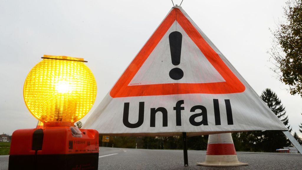 Freudenstadt: Beladener Lkw beschädigt Brücke an B 294 - Freudenstadt - Schwarzwälder Bote
