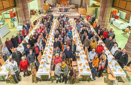 Die Helfer der Nagolder Vesperkirche haben das Gelingen der sechsten Ausgabe der Aktion erst möglich gemacht.  Foto: Fritsch