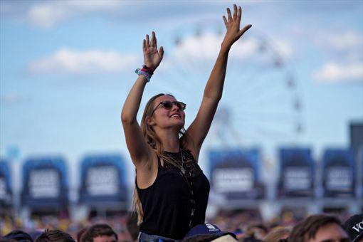 60.000 Festivalgänger haben beim strongSouthside Festival/strong in strongNeuhausen ob Eck/strong gefeiert. a href=https://www.schwarzwaelder-bote.de/Southside_Festivaltarget=_blankstrongZum Special/strong/abr Foto: Frank Engelhardt