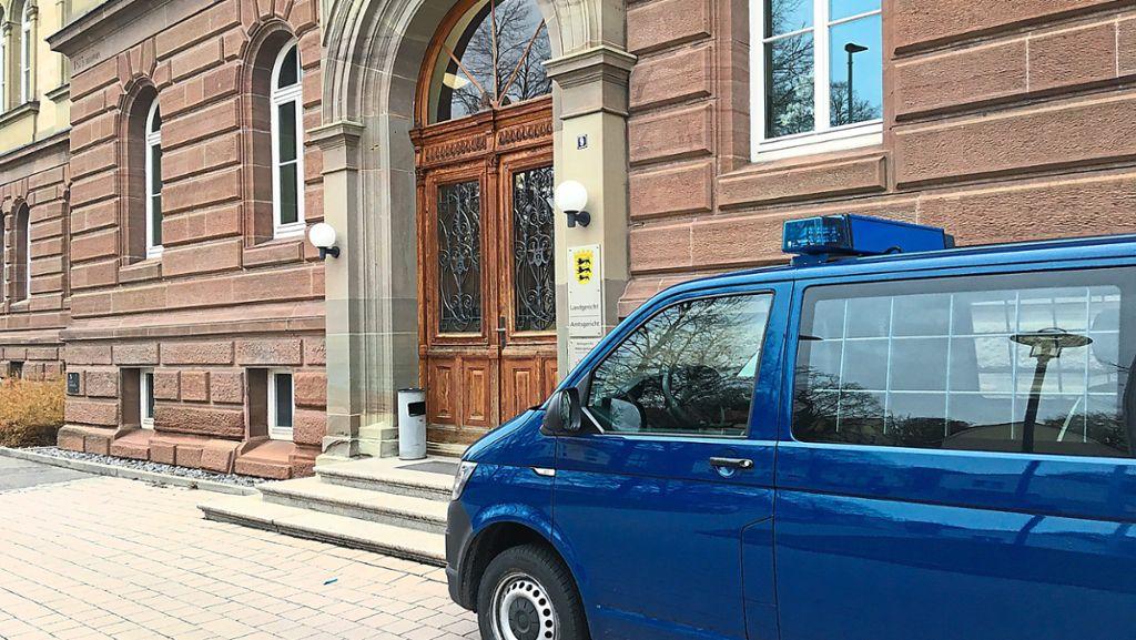 Hechingen: Gericht verhängt mehrjährige Haftstrafen für Bande von Kupferdieben - Hechingen - Schwarzwälder Bote