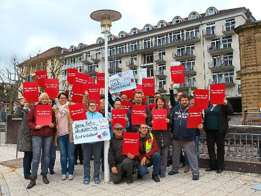 Sana-Mitarbeiter protestierten gegen das ihrer Ansicht nach nicht ausreichende tarifliche Angebot.  Foto: Ziegelbauer Foto: Schwarzwälder-Bote