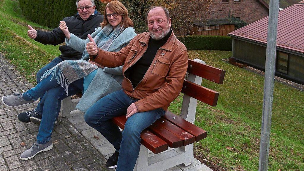 Nagold: Erste Mitfahrbank steht in Emmingen - Nagold - Schwarzwälder Bote