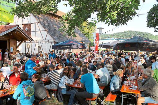 Das Biergartenfest am  Bochinger Schafstall  hat sich zum Besuchermagneten entwickelt.   Archivfoto: Holzer-Rohrer Foto: Schwarzwälder Bote