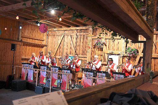 Ein Garant für den Erfolg des Dreschschuppenfests   ist auch die Musikauswahl, wie hier das Klingelbeitel-Echo.   Foto: Bächle Foto: Schwarzwälder-Bote