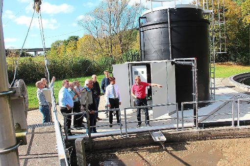 Die Anlage für die Phosphorelimination im Klärwerk Böhringen wurde inzwischen aufgestellt.   Fotos: Schmidt Foto: Schwarzwälder-Bote