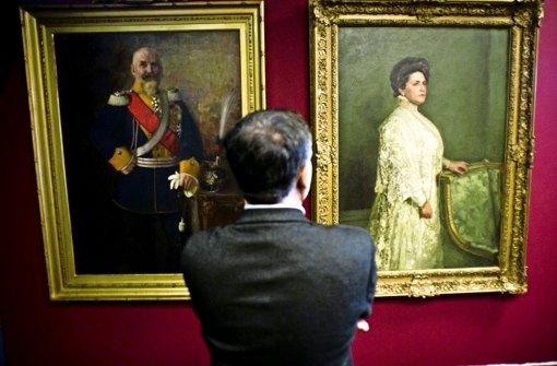 Die Ausstellung zeigt neben den Briefen  Gegenstände des Königs und Porträts des letzten württembergischen Herrscherpaares Foto: Lichtgut/Max Kovalenko