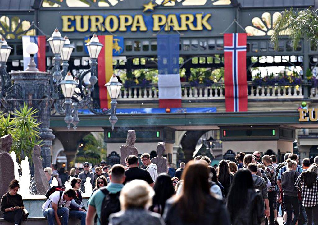 Europapark Besucherzahlen Corona