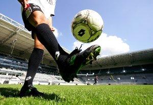 richtig fußball spielen