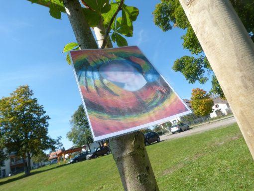Im Hof der Villingendorfer Schule wurde zur Erinnerung an den getöteten Sechsjährigen kurz nach der Tat ein Baum gepflanzt. Foto: Archiv: Otto