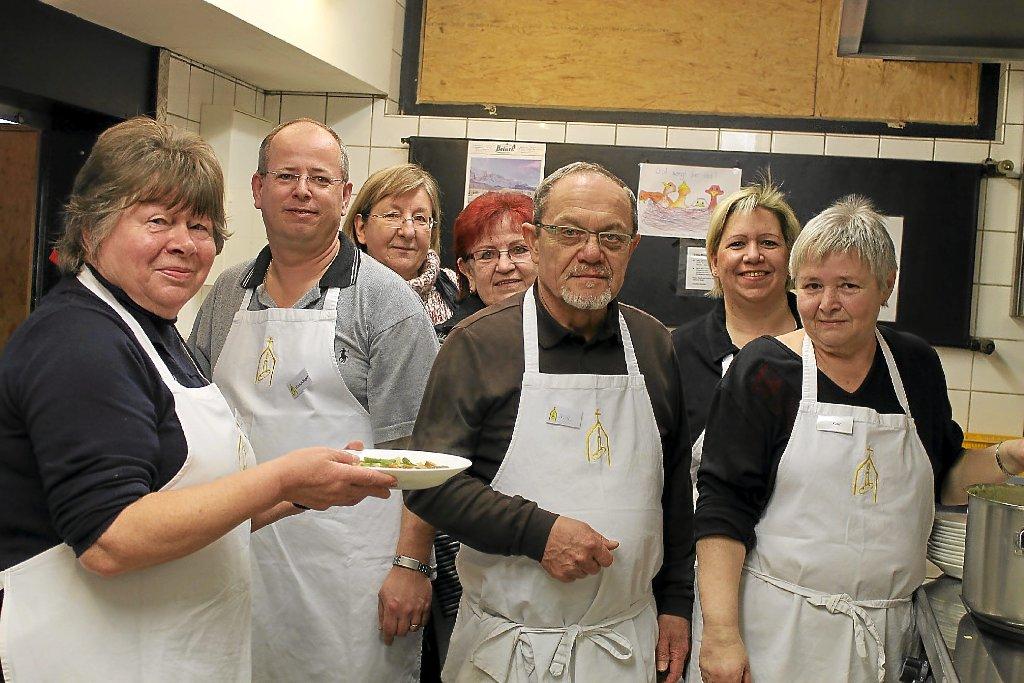 Pforzheim: Suppenküche stillt nicht nur Hunger - Nachrichten ...