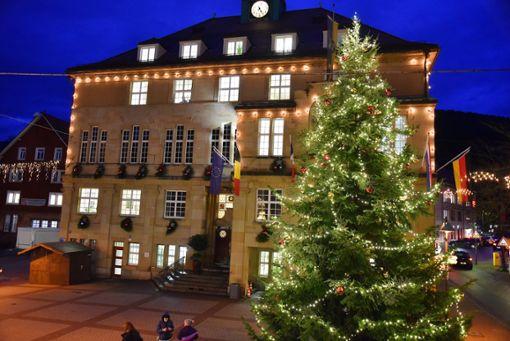 Drei Tage lang ist in Schramberger Weihnachtsmarkt.  Foto: Wegner Foto: Schwarzwälder Bote