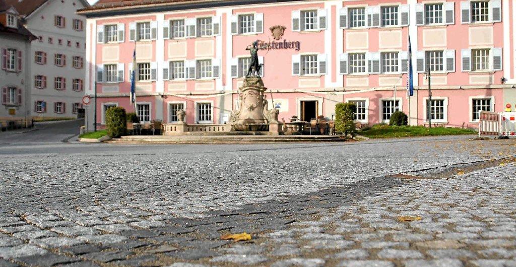 Donaueschingen bietet in der karlstra e mit den for Ful haus 6 25