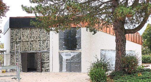 Die Aussegnungshalle in Pfalzgrafenweiler wurde   grundlegend saniert und erweitert.  Fotos: Stadler Foto: Schwarzwälder-Bote
