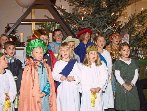 Die Akteure der Kinderkirche begeistern mit ihrem Krippenspiel in Täbingen.  Foto: May Foto: Schwarzwälder Bote