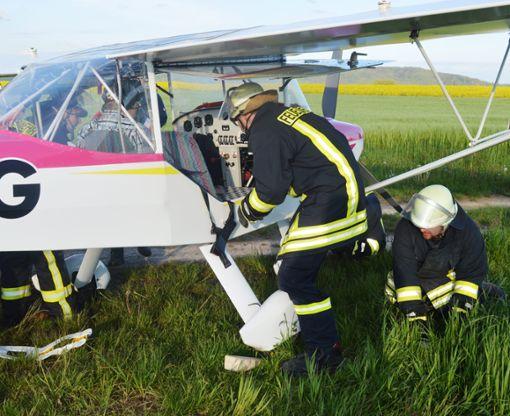 Die Personenrettung aus einem Flugzeug ist vergleichbar mit jener aus einem Auto.  Foto: ah Foto: Schwarzwälder Bote