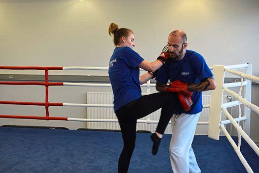 Fit durch Kickboxen: Es ist ein Training für den ganzen Körper. Foto: Schwarzwälder Bote