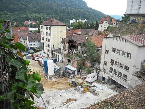 Aus dem  Brauerei-Areal soll bis Frühjahr 2019 ein baureifes Grundstück werden. Foto: Schnekenburger