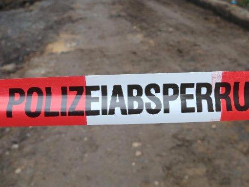 Eine männliche, unbekleidete Leiche ist am Sonntag in einem Wohngebiet in der Ebinger Weststadt gefunden worden. Foto: dpa