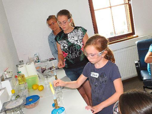 Mit der Ladies Night wendet sich das Jugendforschungszentrum Calw an Mädchen.  Archivbild: Stocker Foto: Schwarzwälder-Bote